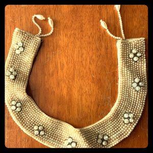 Jewelry - Vintage pearl collar
